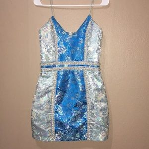 9fd4c95ee16 PrettyLittleThing Dresses - Pretty Little Thing Blue Floral Homecoming Dress